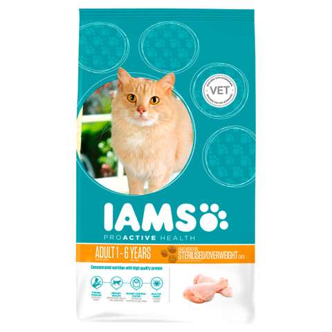 Iams Adult Cat Food Light In Fat With Chicken 2.55kg To 10kg