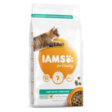 Iams For Vitality Light In Fat Cat Food With Fresh Chicken 2kg